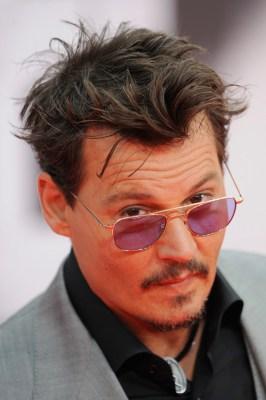 PHOTOS  - Page 3 Johnny_Depp_Berlin_7_19_13