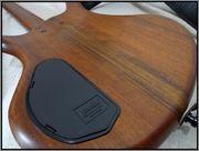 Warwick Thumb 4 bolt on DSC03075