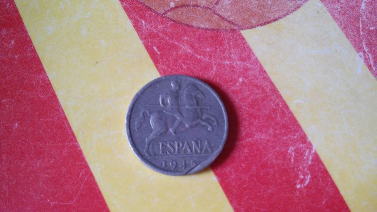 10 centimos Estado Español 1945 - ¿con defecto? 20140820_155929
