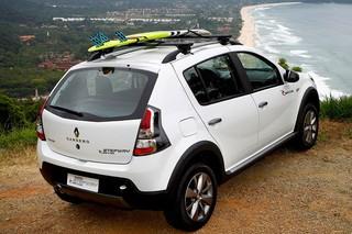 Fiat in Brasile - Pagina 3 9_sandero
