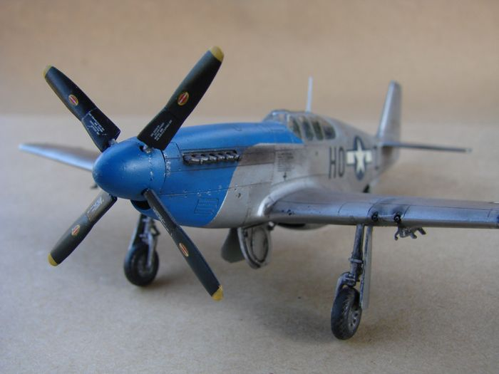 Mustang x2 P-51B Revell & P-51D Tamiya, 1/72 DSC09772