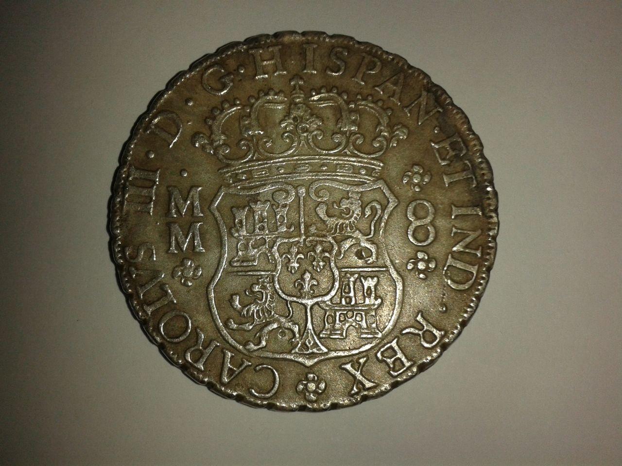 8 reales Columnario 1761... ¿falso? 20141011_010944