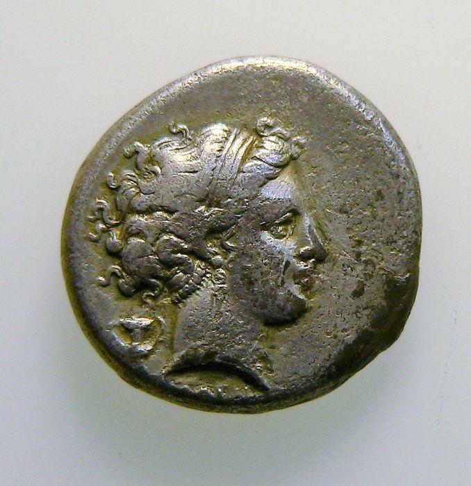 Didracma, Campania. Os parece auténtica? 7d153f22-11ee-11e7-97b7-ec52af884cb8
