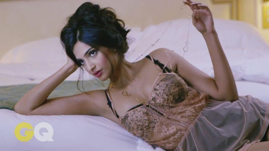 Sonam Kapoor Sizzles in GQ Magazine#3 Sonam_Kapoor_Fropki_025