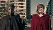 Episodio 4: Nolite Te Bastardes Carborundorum The-handmaids-tale-1x04-moira-offred