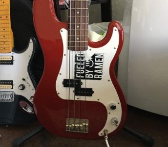 Squier by Fender - Quais baixos evitar? - Página 4 649a5633-5a54-4aac-aa81-0fb0821bfde9