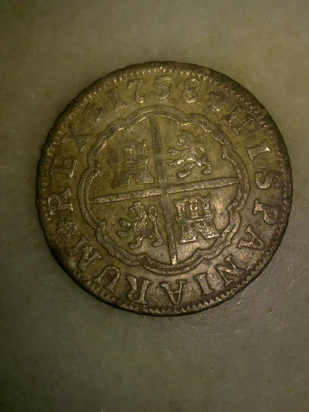 2 reales de Fernando VI, Sevilla. 1758. Mm_002