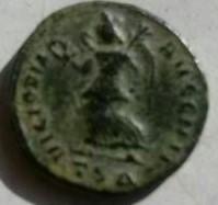 AE3 de Constantino I. VICTORIA AVGG NN. Ceca Tesalónica. Ee1f7f78_821a_4c2a_a9f7_7eda737615bd_2