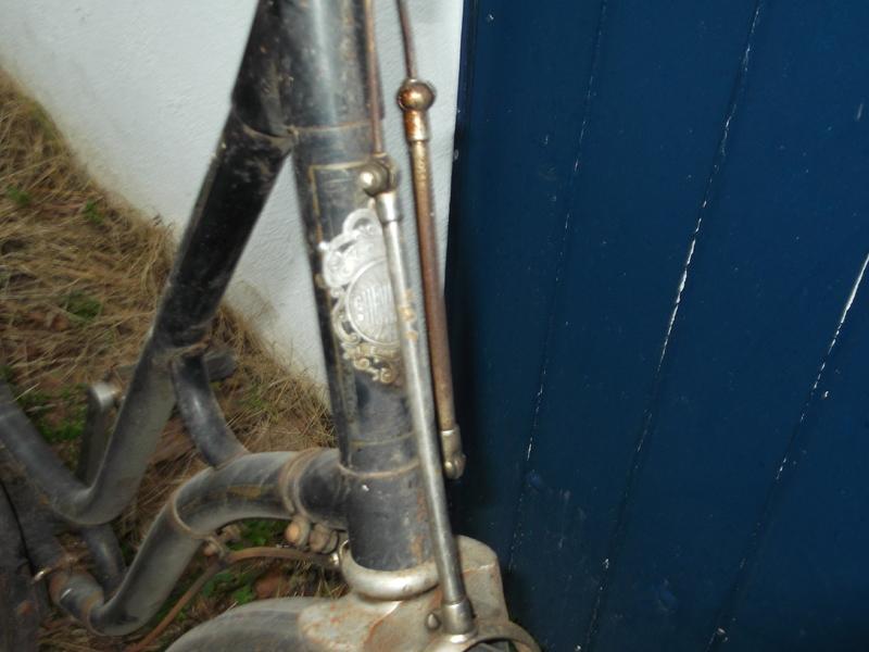 """Vélo de dame """"cycles chevalier (le Mans ) copie d'un modele des année 30  DSCF0783"""