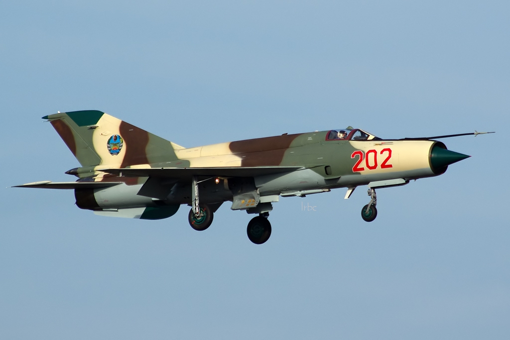 MiG-21 Fishbed - Page 4 Qtm3
