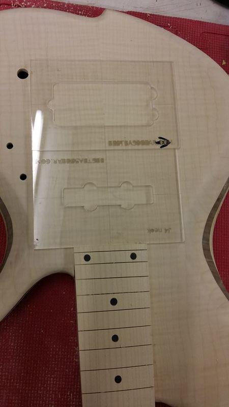 Construção caseira (amadora)- Bass Single cut 5 strings - Página 6 12584070_10153920991574874_833541534_n
