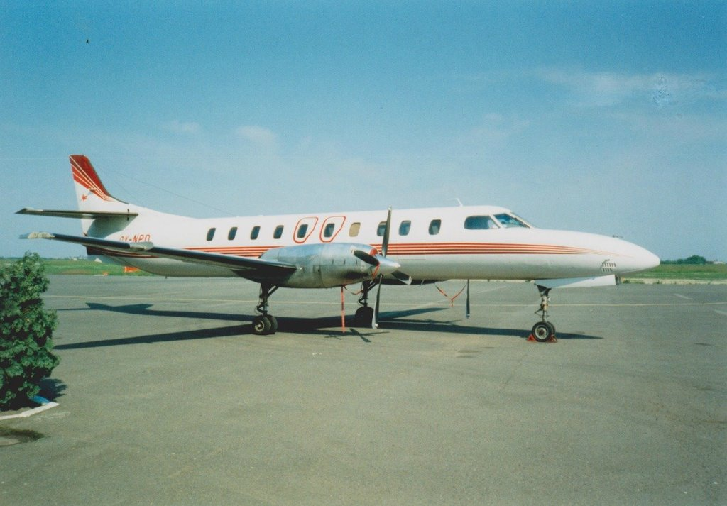 Aeroportul Arad - Poze Istorice - Pagina 2 778650_599412126766759_1422250267_o