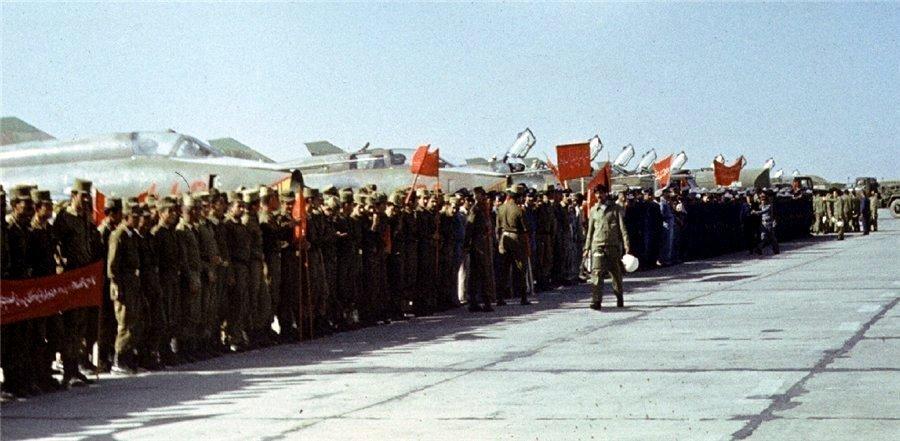 Soviet Afghanistan war - Page 5 0_13bd72_d3f10236_orig
