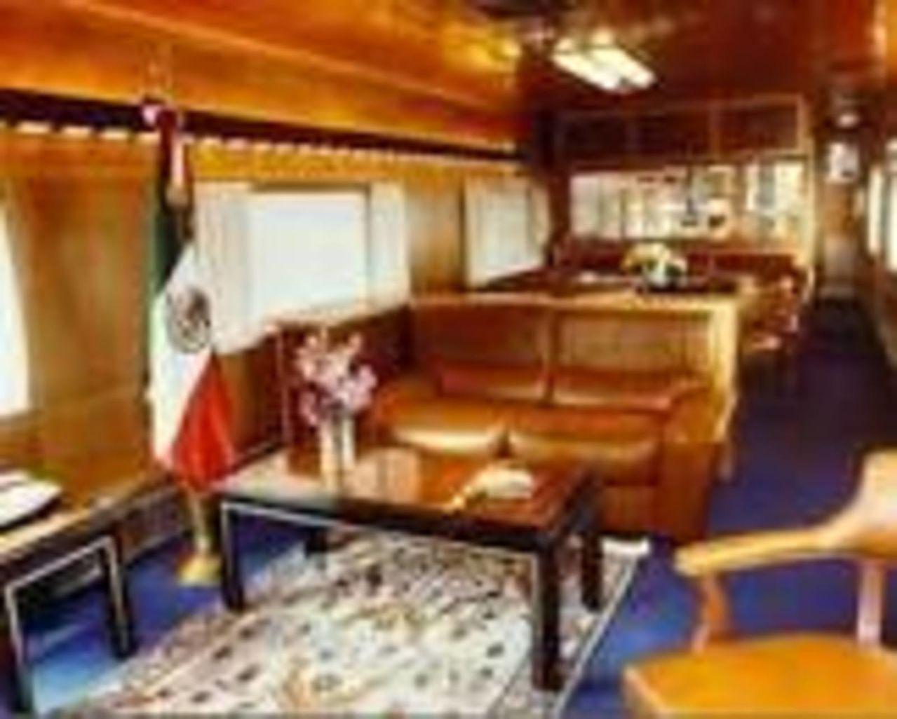 Tren oficial  EL OLIVO- medio histórico de servicio a los Presidentes en turno  TRENESPRESIDENCIALESACTUALES2