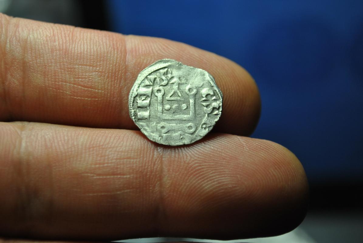 Dinero de la Abadia de San Martin de Tours 1150.1200 DSC_7268