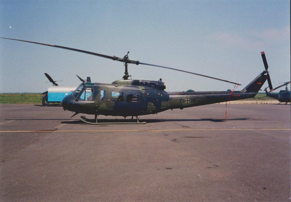 Aeroportul Arad - Poze Istorice - Pagina 2 920595_603845506323421_1516394747_o
