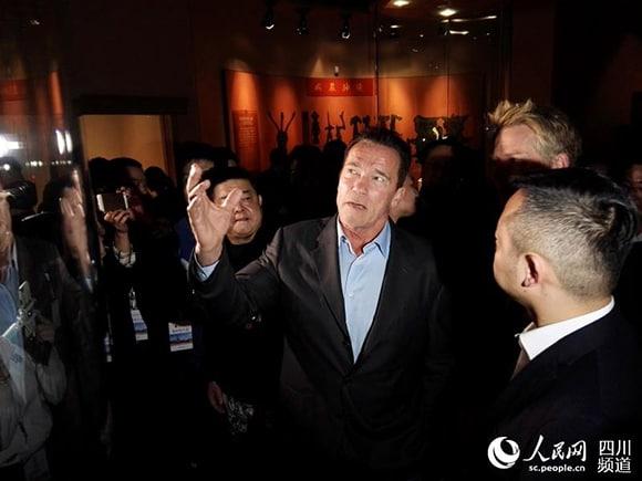 Arnold Schwarzenegger - Página 17 FOREIGN201610251646000335591431180