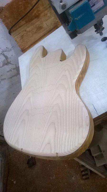 Projeto Jazz Bass 5 cordas M. Laghus 10178354_695530707171365_432091449_n