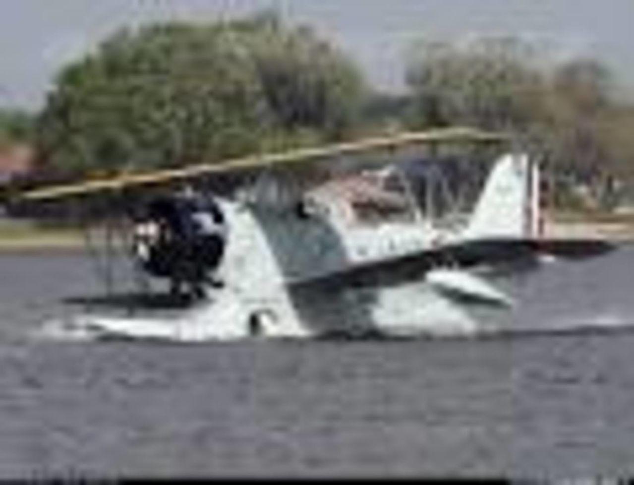 Aeronaves  del pasado de la SEMAR. Grumman_J2_F_6_Duck_2
