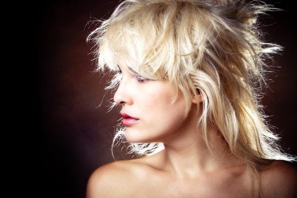 Napravite frizuru osobi iznad. Zenske-frizure-2014