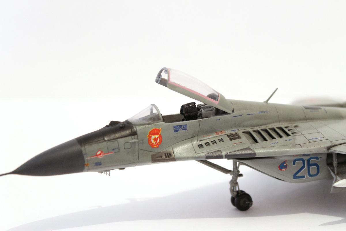 Миг-29 Звезда /italeri  1/72 IMG_2233