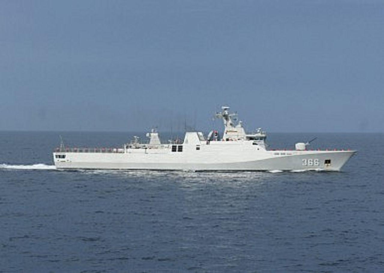 Posicion Geoestrategica- Centro de Operaciones Maritimas Internacionales - Cuartel General en Indonesia Indonesianavycorvette_KRISULTANHASANUDDIN