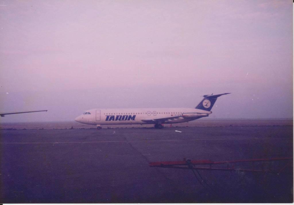 Aeroportul Arad - Poze Istorice - Pagina 2 1072218_604909012883737_1254853499_o