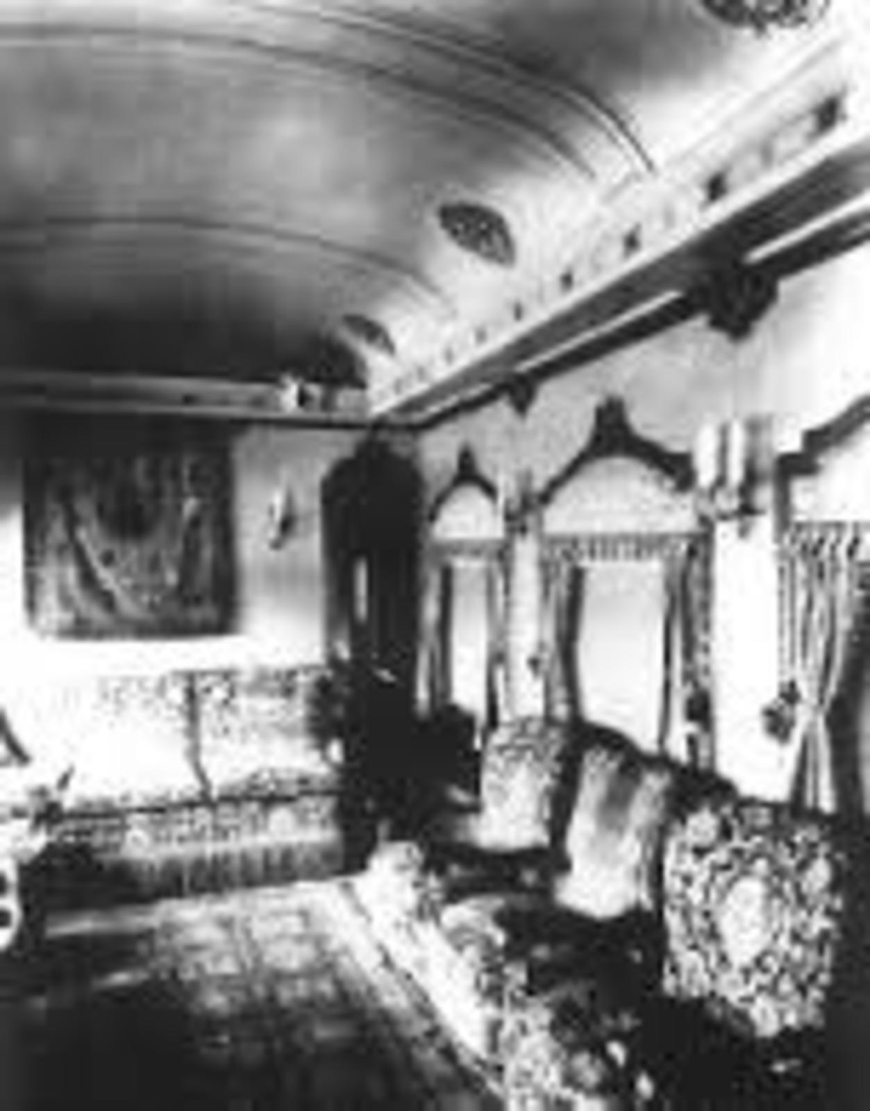 Tren oficial  EL OLIVO- medio histórico de servicio a los Presidentes en turno  VAGONESDECORACIONPORFIRIANA