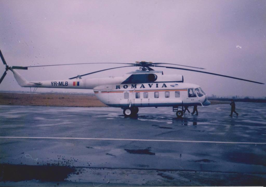 Aeroportul Arad - Poze Istorice - Pagina 2 1270501_598722626835709_165817316_o