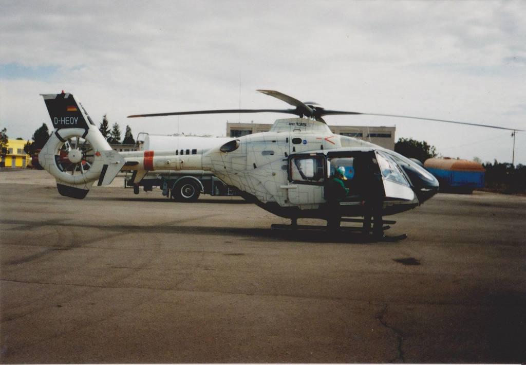 Aeroportul Arad - Poze Istorice - Pagina 2 1400237_599214010119904_1903766463_o