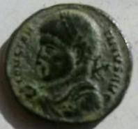 AE3 de Constantino I. VICTORIA AVGG NN. Ceca Tesalónica. Ae638878_969e_4862_a3db_121f7a0df64e_2