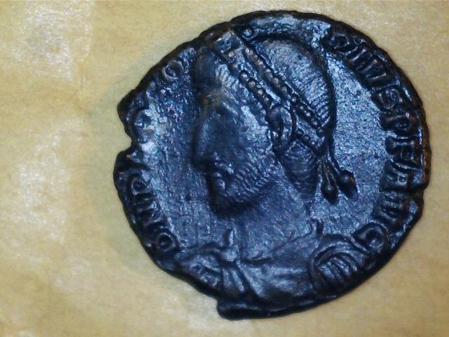 AE3 de Procopio. REPARATI-O FEL TEMP. Procopio estante de frente y mirando a dcha. Ceca Constantinopolis. 2017_03_07_0004_0_X