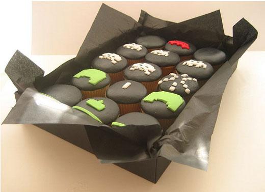 Tú quieres uno de estos Space_invaders_cupcake_3