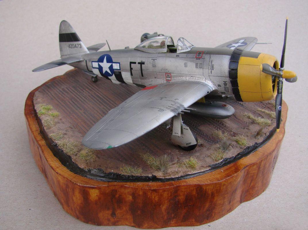 P-47D-30RE Thunderbolt, Revell, 1/72 DSC03172