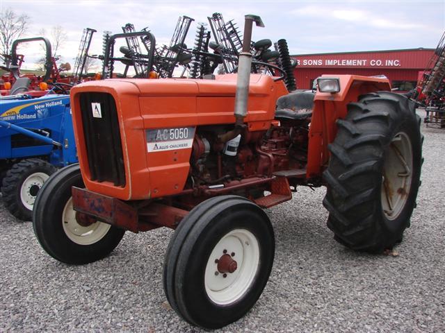 Hilo de tractores antiguos. - Página 2 Allis_chalmers_5050_fiat_Small