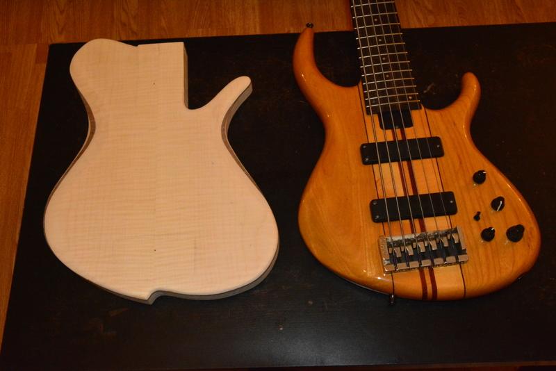 Construção caseira (amadora)- Bass Single cut 5 strings - Página 2 DSC_2221