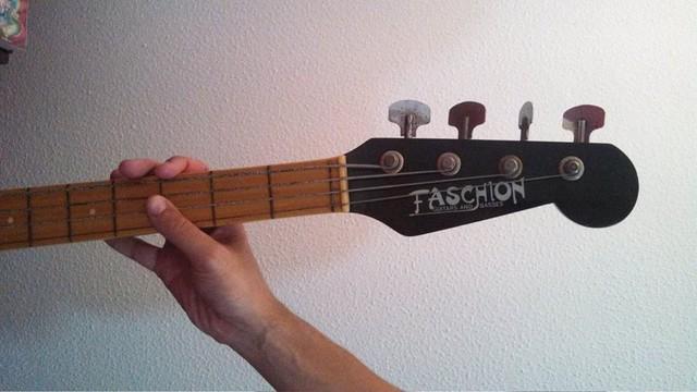 Faschion Guitars and Basses - Alguém conhece? 1374901_10152300571010410_731424862_n