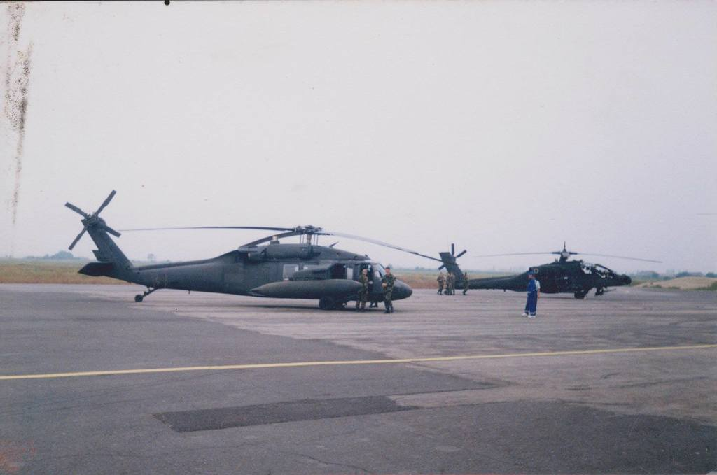Aeroportul Arad - Poze Istorice - Pagina 2 901353_610717572302881_843437454_o