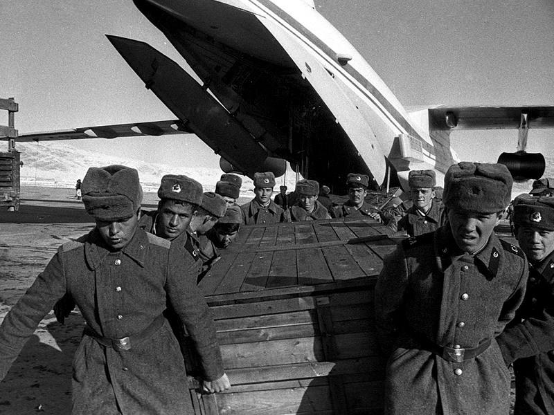Soviet Afghanistan war - Page 5 0_13bd48_cfd59dbf_orig