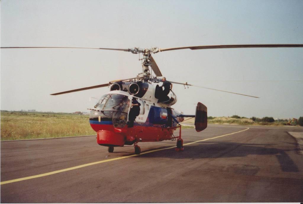 Aeroportul Arad - Poze Istorice - Pagina 2 793773_604569519584353_155883844_o