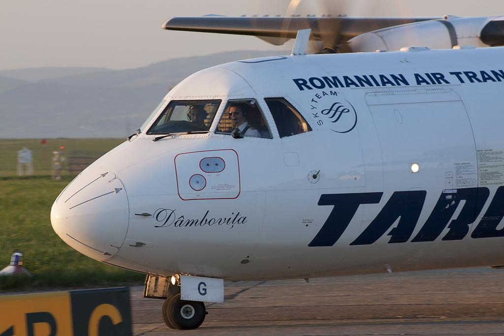 Aeroportul Suceava (Stefan Cel Mare) - Mai 2013  MG_9854