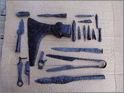 Nekaj primerov očiščenega železa s pomočjo elektrolize Restavriranje_eleznih_predmetov_restavriranje