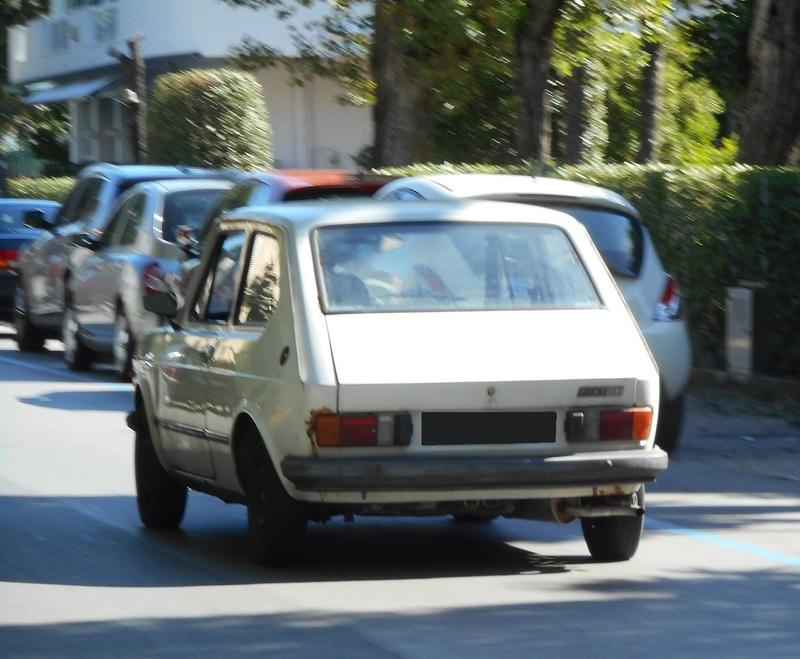 avvistamenti auto storiche - Pagina 30 IMG_2737