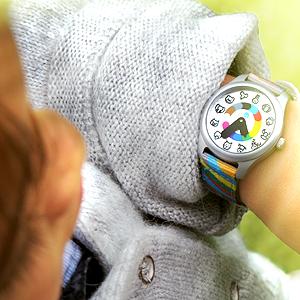 Madame Irma: Nouvelles montres éducatives pour enfants de 3-6 ans. Alice_Regarde_H300x300