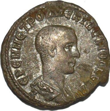 Tetradracma de Herennio Etrusco. Antioquía 226