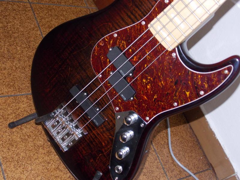 Mostre o mais belo Jazz Bass que você já viu - Página 8 DSCN0541