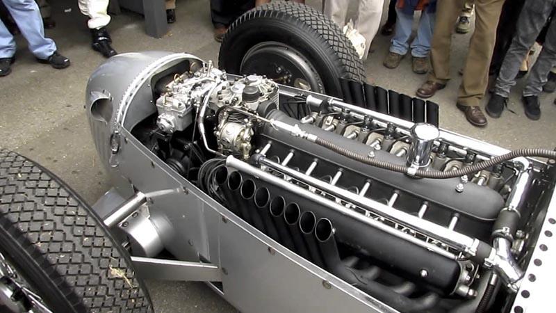 1937 Auto Union Type C V16 Streamliner MOTOR_5