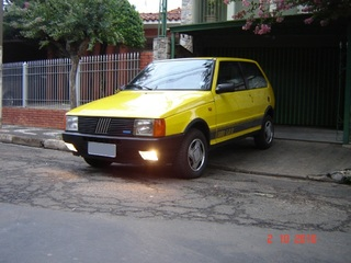 Auto Storiche in Brasile - FIAT Uno_1_5_R_1989_Benzina