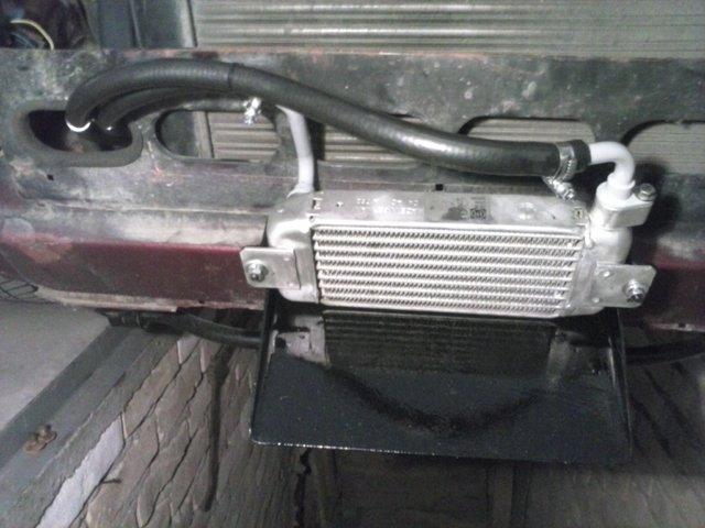Hladnjak ulja, pregrade u karteru i druga resenja za bolje podmazivanje motora CAM02380
