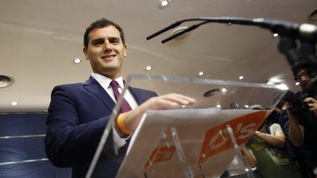 Albert Rivera debuta ante el Club Bilderberg acompañando a Ana Botín y a Cebrián Albert-rivera-ciudadanos-madres-pension-1440x808